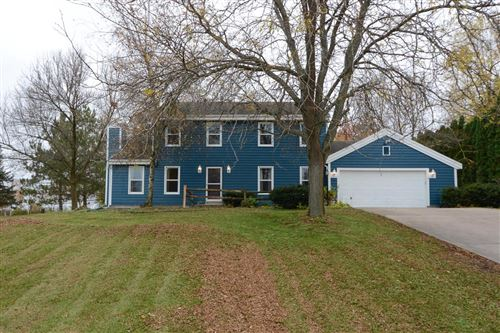 Photo of W1471 Cardiff Ln, Ixonia, WI 53036 (MLS # 1665794)
