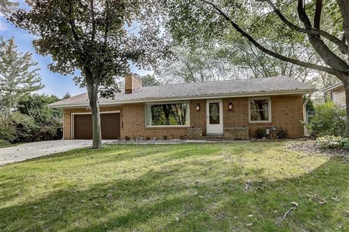 Photo of 3934 N 102nd St, Wauwatosa, WI 53222 (MLS # 1711794)