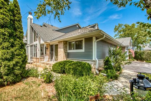 Photo of 14198 W Waterford Square Dr, New Berlin, WI 53151 (MLS # 1695795)