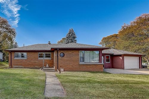 Photo of 3945 S 44th St, Greenfield, WI 53220 (MLS # 1716797)