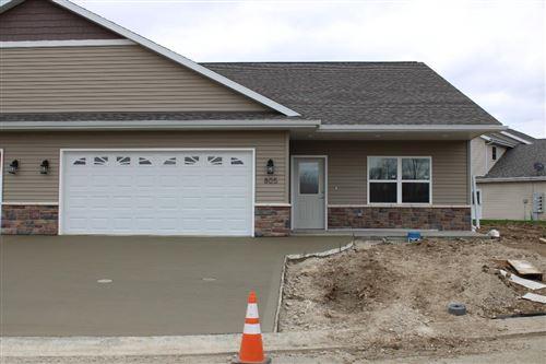Photo of 805 Prairie Gdns #31, Kewaskum, WI 53040 (MLS # 1724804)