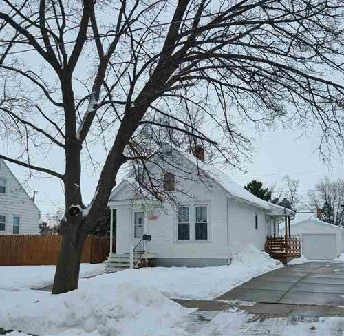 Photo of 1324 E Holmes St, Janesville, WI 53545 (MLS # 1900804)