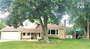 Photo of 1942 Mitten CT, East Troy, WI 53120 (MLS # 1658805)