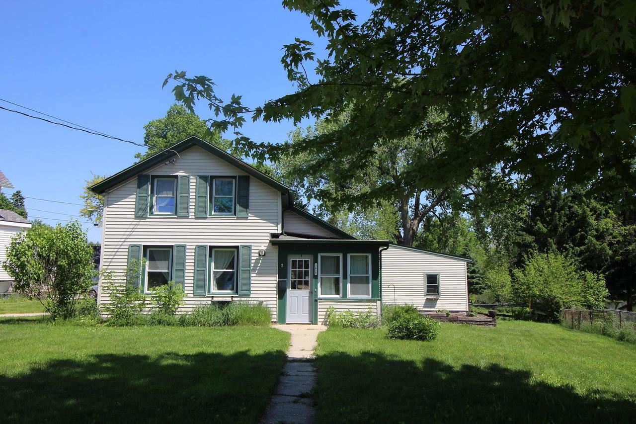 1418 E Main St, Watertown, WI 53094 - MLS#: 1691805