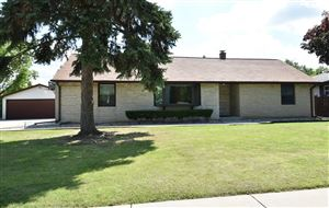 Photo of 4620 S 68th St, Greenfield, WI 53220 (MLS # 1647807)