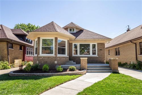 Photo of 2326 N 62nd St, Wauwatosa, WI 53213 (MLS # 1695809)