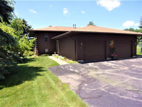 Photo of 4443-4445 Baxter Rd, Cottage Grove, WI 53527 (MLS # 1913810)