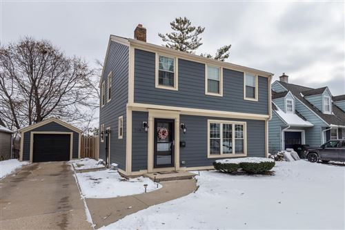 Photo of 769 S 7th Ave, West Bend, WI 53095 (MLS # 1666811)