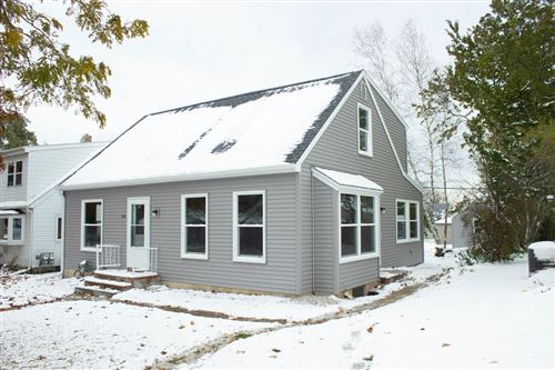 Photo of 408 S Garfield Ave, Port Washington, WI 53074 (MLS # 1666815)