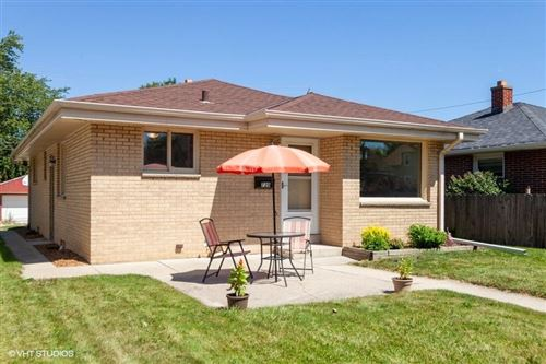 Photo of 720 Sycamore Ave, South Milwaukee, WI 53172 (MLS # 1705819)
