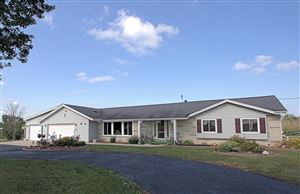 Photo of 4117 Country Aire Dr, Cedarburg, WI 53012 (MLS # 1638821)
