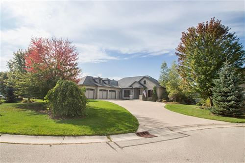 Photo of W243N2731 Single Tree Dr, Pewaukee, WI 53072 (MLS # 1659823)