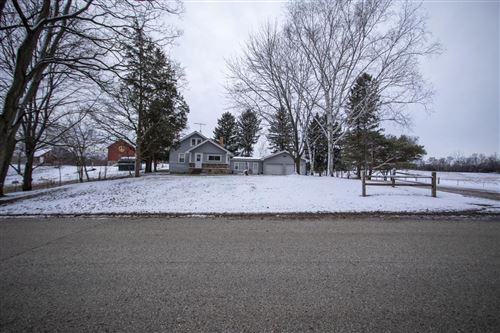 Photo of S75W35933 Wilton Rd, Eagle, WI 53119 (MLS # 1721828)