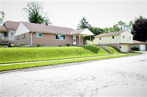 Photo of 2705 13th Ave, South Milwaukee, WI 53172 (MLS # 1644837)