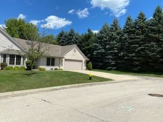 Photo of 6252 Kingsview Dr, Mount Pleasant, WI 53406 (MLS # 1701837)