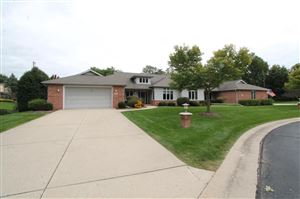 Photo of 220 Thorngate Ct, Burlington, WI 53105 (MLS # 1657840)