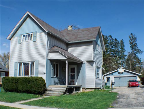 Photo of 260 West St, Juneau, WI 53039 (MLS # 1688843)
