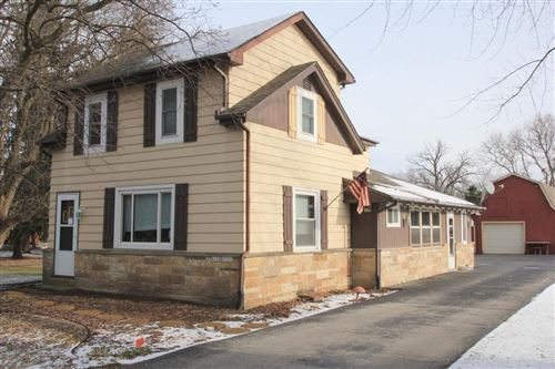 Photo of W239N5302 Maple Ave, Lisbon, WI 53089 (MLS # 1721847)