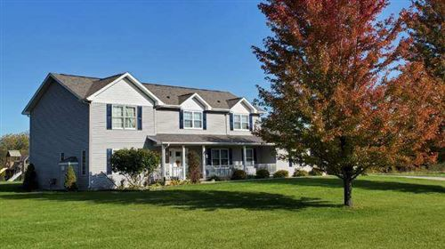 Photo of W5524 Double Dr, Walworth, WI 53184 (MLS # 1669848)