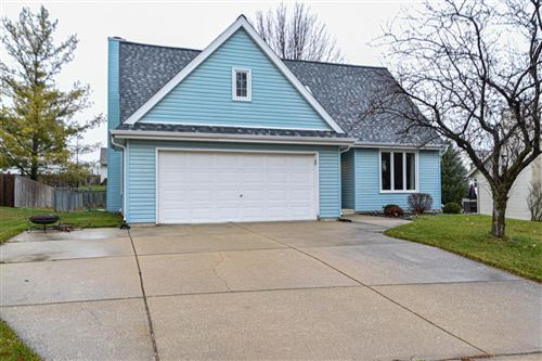 Photo of 1616 Columbia Ave, South Milwaukee, WI 53172 (MLS # 1719848)