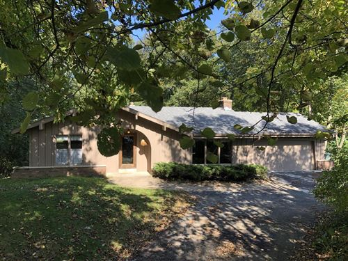 Photo of W263N6502 Wooded Ct, Lisbon, WI 53089 (MLS # 1662849)
