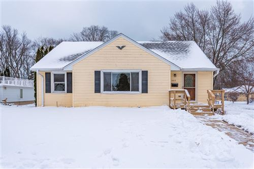 Photo of 602 N Holden St, Port Washington, WI 53074 (MLS # 1715850)
