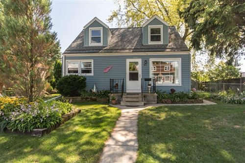 Photo of 311 Marion Ave, South Milwaukee, WI 53172 (MLS # 1707851)