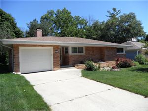 Photo of 211 Fairview Ave, South Milwaukee, WI 53172 (MLS # 1649855)