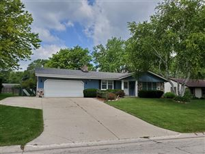 Photo of 4215 S Adell Ave, New Berlin, WI 53151 (MLS # 1645856)