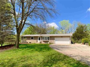 Photo of 4905 Creek Haven Rd, Cottage Grove, WI 53527 (MLS # 1860856)