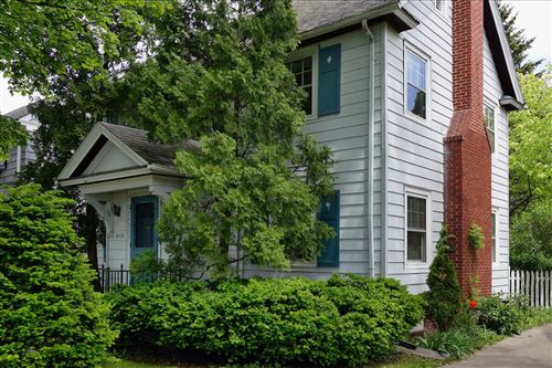 Photo of 4616 N Oakland Ave, Whitefish Bay, WI 53211 (MLS # 1751857)