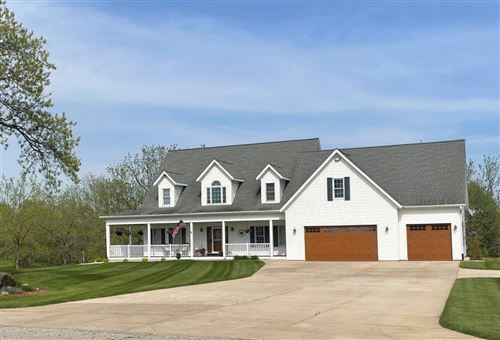 Photo of 7111 Town Line Rd, Waterford, WI 53185 (MLS # 1752858)
