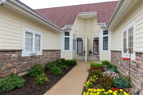 Photo of 3971 S Fohr Dr, New Berlin, WI 53151 (MLS # 1708859)