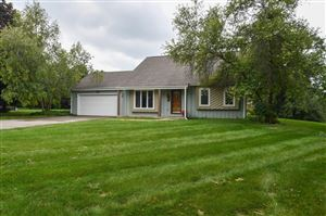 Photo of 326 Porthamel Ct, Wales, WI 53183 (MLS # 1658861)