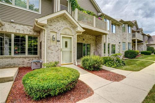 Photo of 925 Hunter Dr #44, Mount Pleasant, WI 53406 (MLS # 1702862)