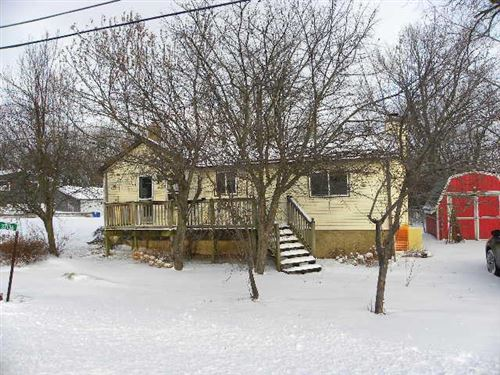 Photo of 37136 Sunset Dr, Summit, WI 53066 (MLS # 1671864)