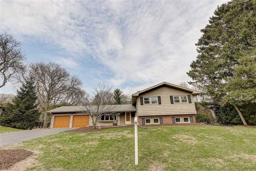 Photo of 6006 Piping Rock Rd, Madison, WI 53711 (MLS # 1879864)