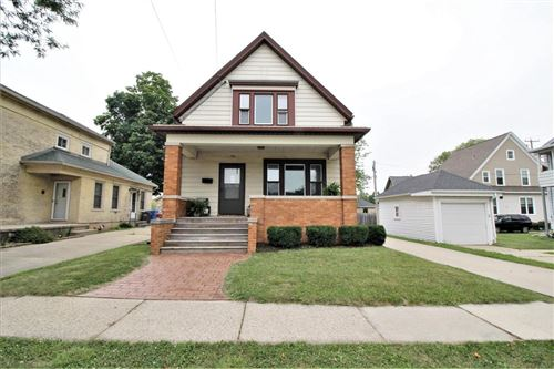 Photo of 706 E Madison St, Watertown, WI 53094 (MLS # 1753867)