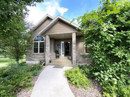 Photo of 203965 LORENE DRIVE, Marshfield, WI 54449 (MLS # 21811867)