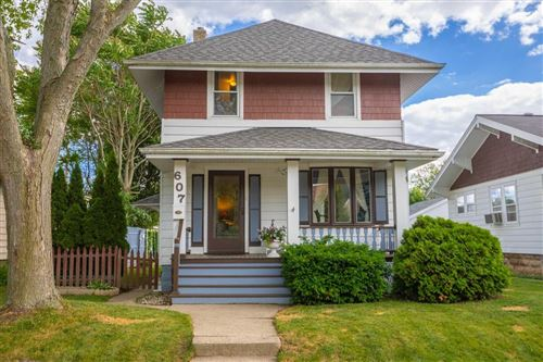 Photo of 607 Marshall Ave, South Milwaukee, WI 53172 (MLS # 1695868)