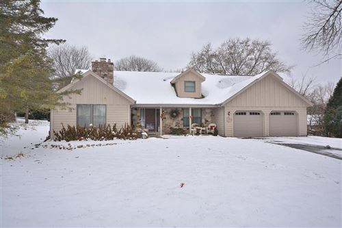 Photo of 20555 Golden Meadow Cir, Brookfield, WI 53045 (MLS # 1667872)