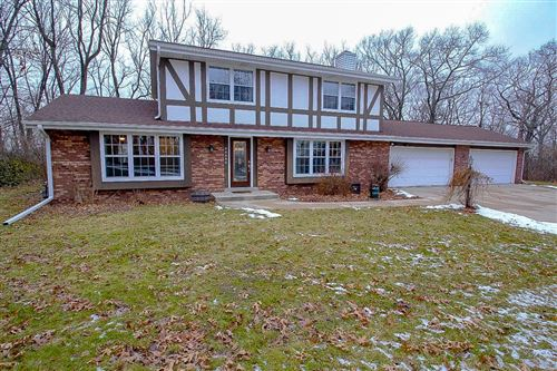 Photo of 30404 Mountain Ln, Waterford, WI 53185 (MLS # 1671872)