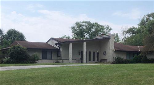 Photo of 1545 W Cedar Ln, River Hills, WI 53217 (MLS # 1701873)