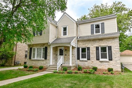 Photo of 4041 N Bartlett Ave #4043, Shorewood, WI 53211 (MLS # 1744875)