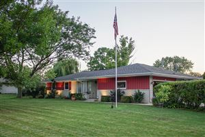 Photo of 5407 Lory DR, Greendale, WI 53129 (MLS # 1656877)