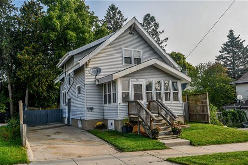 Photo of 308 W Cady St, Watertown, WI 53094 (MLS # 1709879)