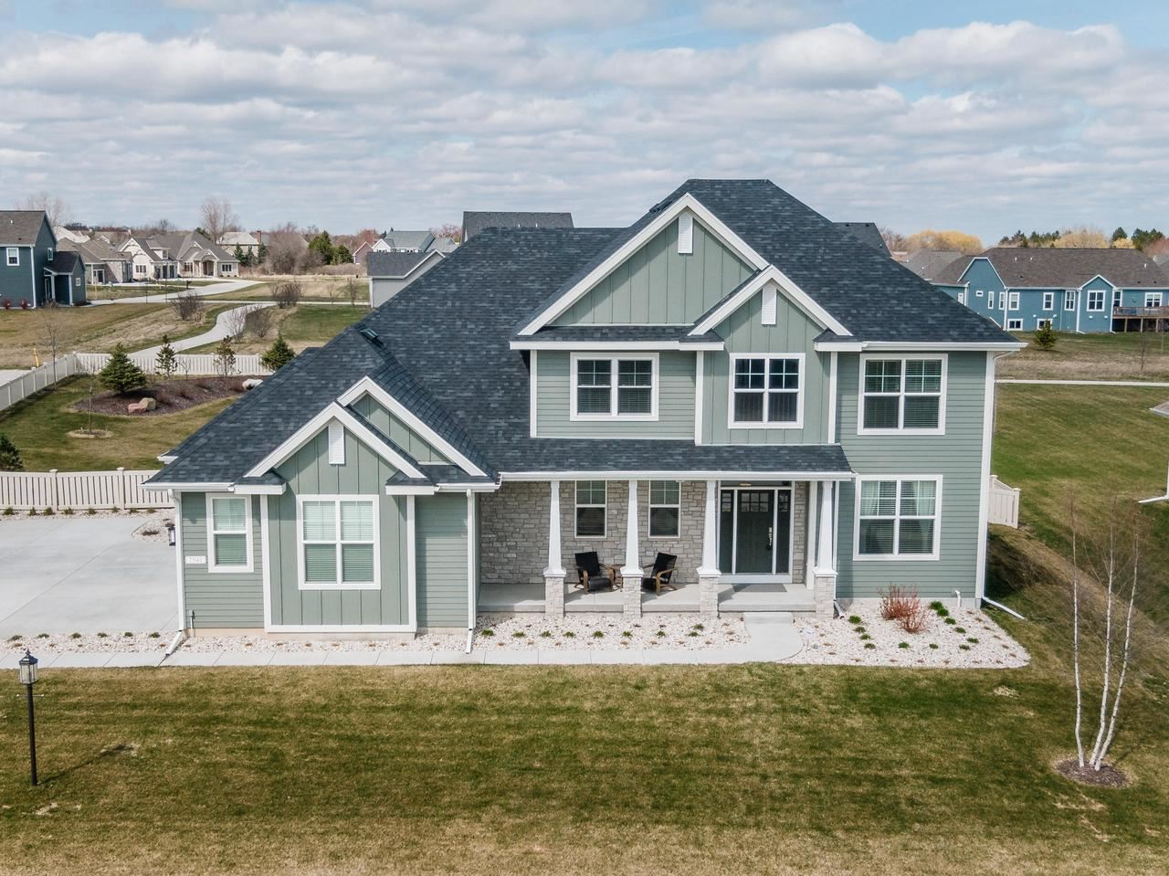 7940 W Mourning Dove Ln, Mequon, WI 53097 - MLS#: 1683881