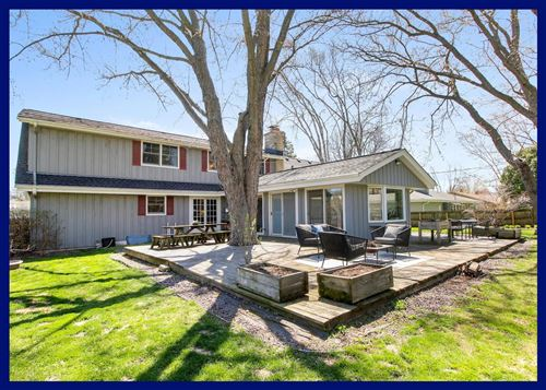 Photo of 525 Alta Loma Dr, Thiensville, WI 53092 (MLS # 1687882)