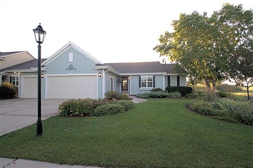 Photo of 220 N Sweetwater Blvd, Port Washington, WI 53074 (MLS # 1707886)