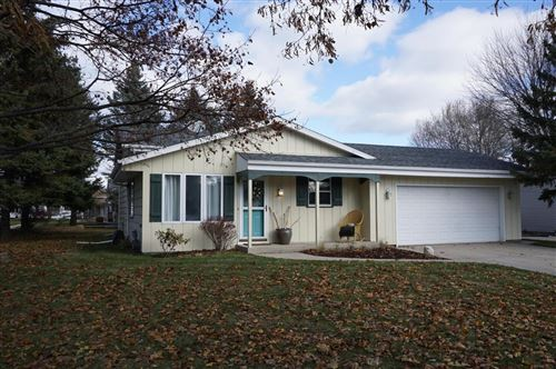 Photo of 1820 Jefferson St, West Bend, WI 53090 (MLS # 1666888)